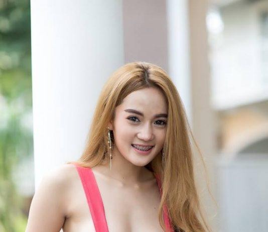รูปภาพสาวเซ็กซี่สาวน้อยก้นงาม มาส่งความน่ารักพร้อมรอยยิ้มใสๆ